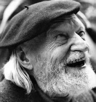 il poeta di m illumino d immenso buon compleanno a ungaretti il poeta di quot m illumino d