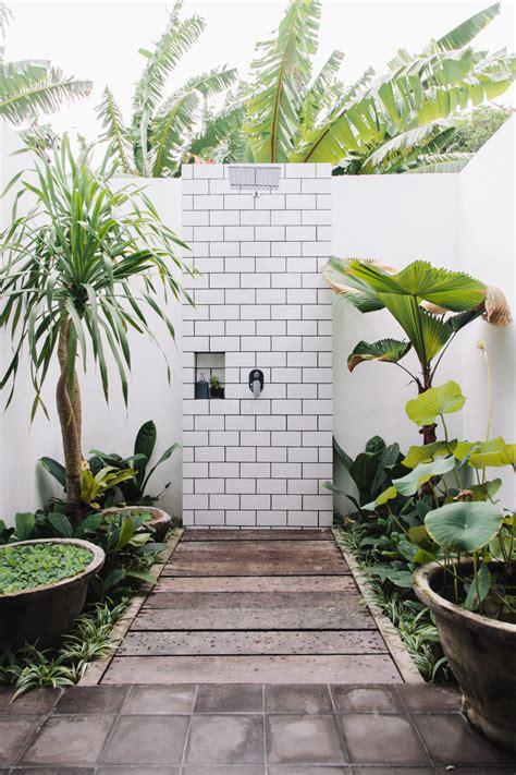 chaise rotin maison du monde fella villas une maison en indonésie à la déco boho