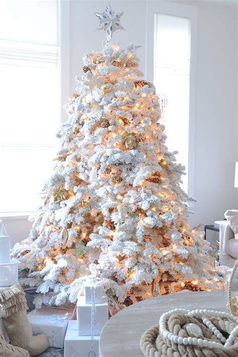 white christmas tree decorations pictures 25 best ideas about flocked trees on