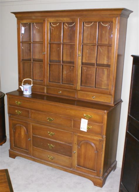 pictures of china cabinets china cabinet mahogany china cabinet antique china cabinet