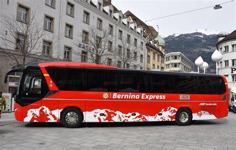 Neuer Bernina Express Bus Und Modernes Infosystem Bei Der