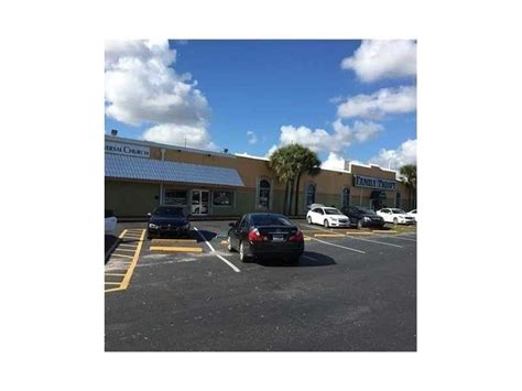 large church building in lauderdale lakes broward county