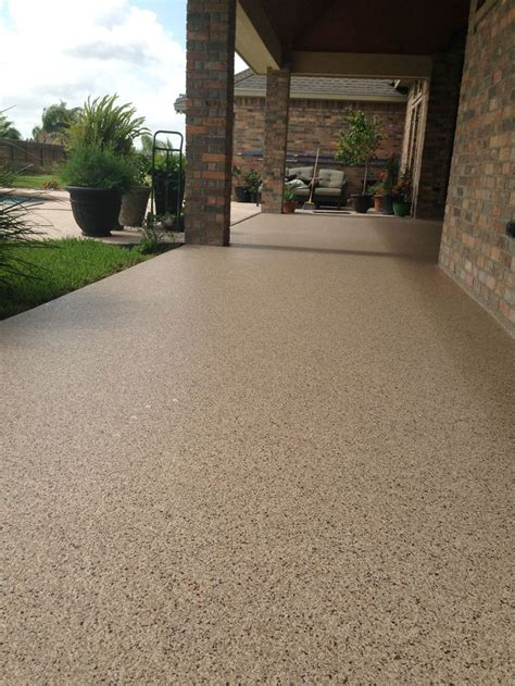 epoxy flooring for patio 17 best ideas about epoxy floor on pinterest best garage floor epoxy epoxy garage floor paint