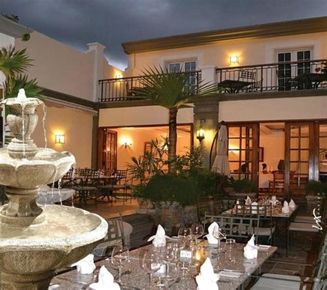 the courtyard port louis restaurant reviews phone