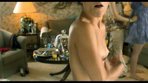 Janina Rudenska  nackt