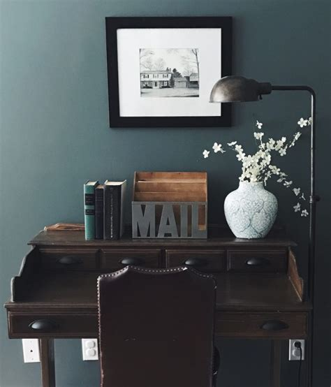 choosing  moody green paint color disheveled delight