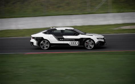 2018 Audi Rs 7 Piloted Driving Concept Motion 5