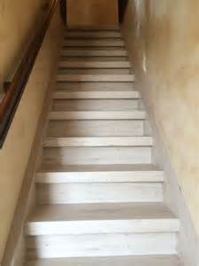 Poncer Escalier Bois by Escalier Bois Aflopro Styl Stair
