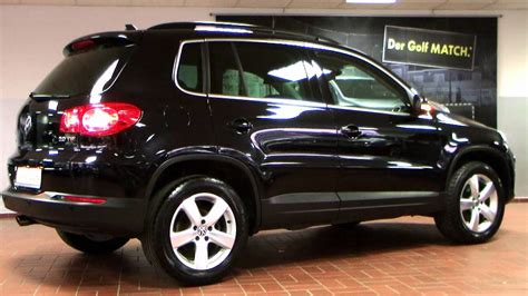 volkswagen tiguan  track field motion deep black