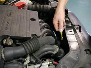 Ou Faire Graver Ses Vitres Auto : contr ler ses niveaux jauger le niveau d 39 huile ~ Gottalentnigeria.com Avis de Voitures