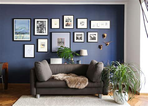 Blaue Wandfarbe Wohnzimmer by Dunkelblaue Wandfarbe F 252 R S Wohnzimmer Probiere Es Mal Aus