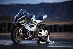 Bmw S1000rr Hp4 2017 : world premiere the new bmw hp4 superbike ~ Medecine-chirurgie-esthetiques.com Avis de Voitures