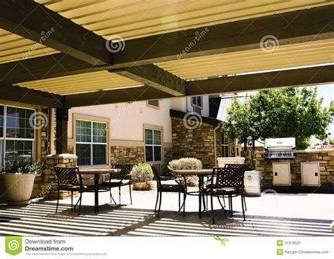 table el patio covered hotel patio with tables stock image image 31376521