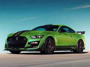 Desktop wallpaper green, ford mustang shelby gt500, hd image, picture, background, 3799d2
