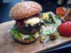 Lily Burger Berlin : lily burger berlin der beste burger der stadt it 39 s a hoomygumb ~ Orissabook.com Haus und Dekorationen