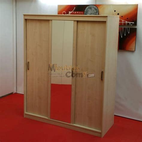 ensemble table chaises cuisine armoire 3 portes coulissantes 1 avec miroir couleur
