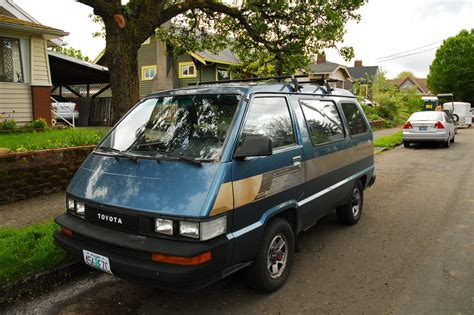 toyota 4wd old parked cars 1987 toyota 4wd van