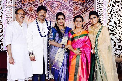 actress keerthi suresh birthday date keerthy suresh age height weight family husband wiki