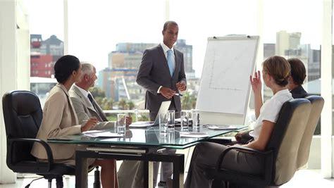 13612 business meeting table la responsabilit 233 sociale des entreprises est de l