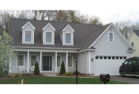 front  garage added  cape garage therapy pinterest house plans home  cape