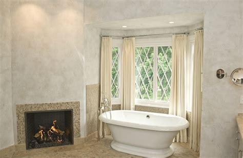 venetian plaster walls transitional bathroom pine
