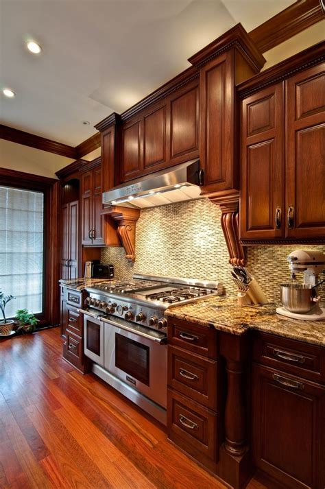 Cherry Cabinet Kitchens by 25 Best Ideas About Cherry Kitchen Cabinets On