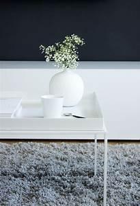 Couchtisch Weiß 60x60 : hay beistelltisch wei 60x60 blog jennadores couchtisch metall vase zara babybreath let 39 s live ~ Markanthonyermac.com Haus und Dekorationen