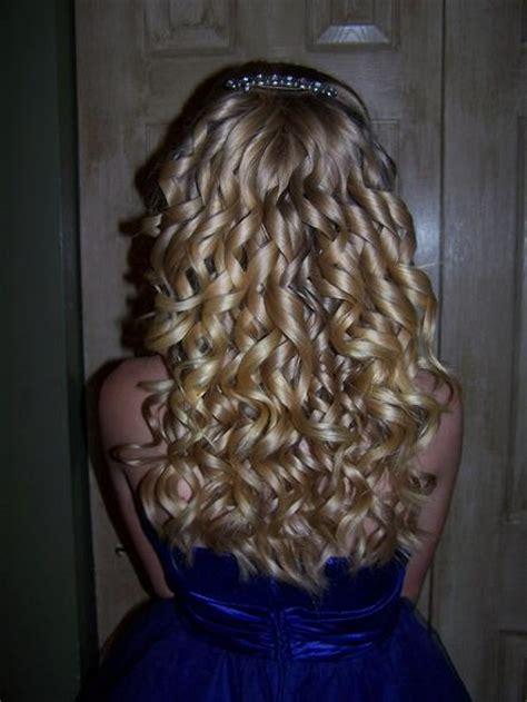 blonde spiral curls hairstyles