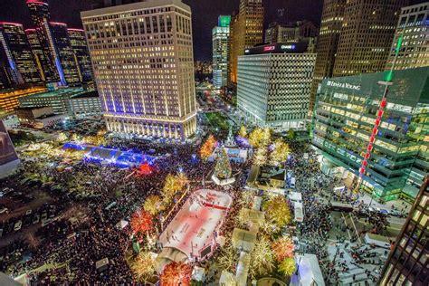 cus martius tree lighting 2017 detroit 39 s christmas tree lighting ceremony promised to be