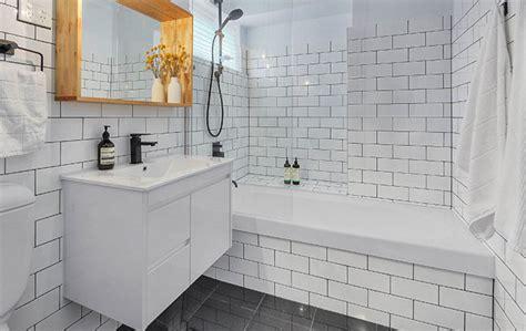 white subway tile black grout bathroomherpowerhustle com