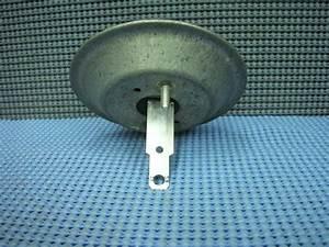 1973 - 1976 Oldsmobile Air Control Vacuum Actuator  Diaphragm  Nos   1996507