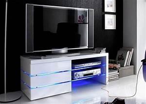 Designer Lowboard Weiß Hochglanz : die besten 25 ideen zu lowboard weiss auf pinterest tv schrank ikea sideboard weiss und ~ Bigdaddyawards.com Haus und Dekorationen