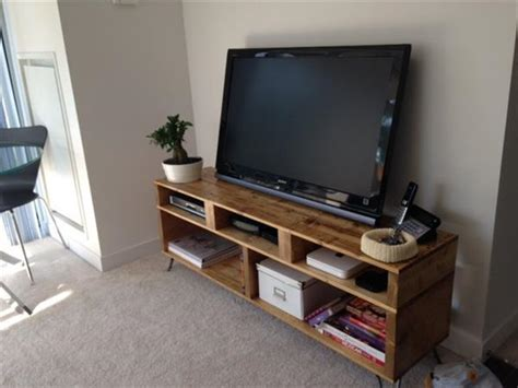 Solid Pallet Wood TV Stand with Hairpin Legs   101 Pallets
