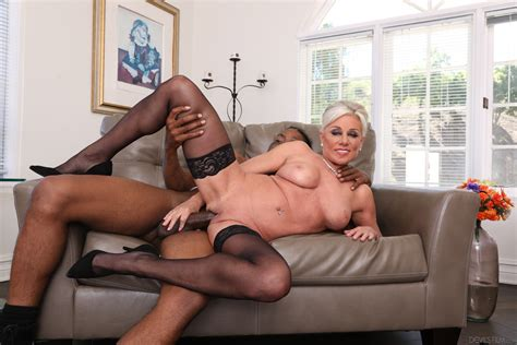 Superb Blonde Gilf Enjoys Sucking And Fucking Bbc Photos Slim Poke Payton Hall Milf Fox