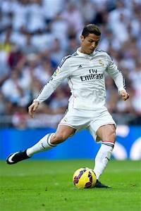 Cristiano Ronaldo Photos Photos - Real Madrid CF v FC ...