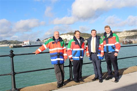 12910 business team photo port of dover