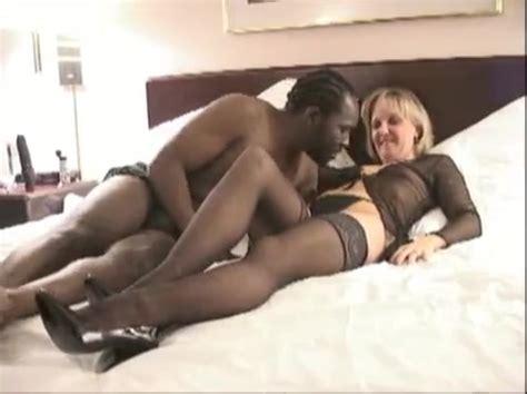 White Wife Shares Interracial Creampie Cuckold Husband