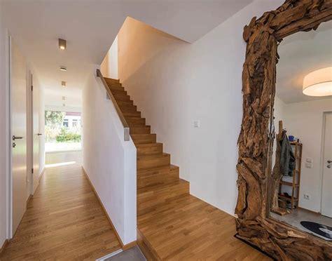 Wandgestaltung Flur Mit Treppe by Farbgestaltung Flur Mit Treppe Flur Mit Treppe Gestalten