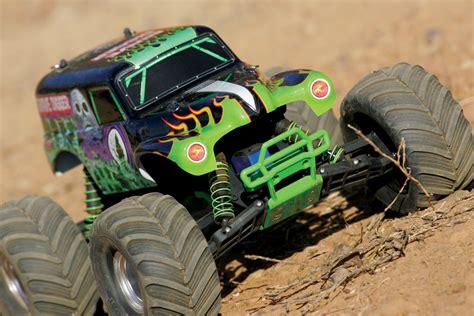 monster jam rc trucks traxxas monster jam replicas suspension tuning rc car action