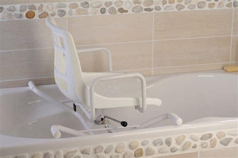 siege baignoire handicapé siège de bain pivotant dupont