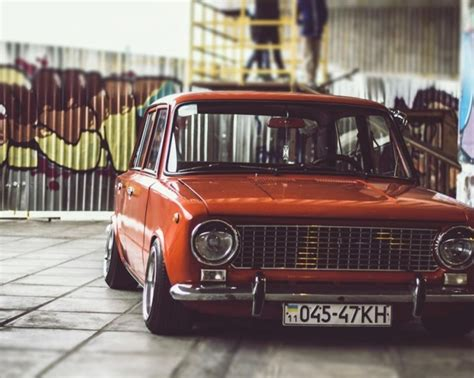 Lada A Pile by Lada Lowrider Russiske Biler Lowrider