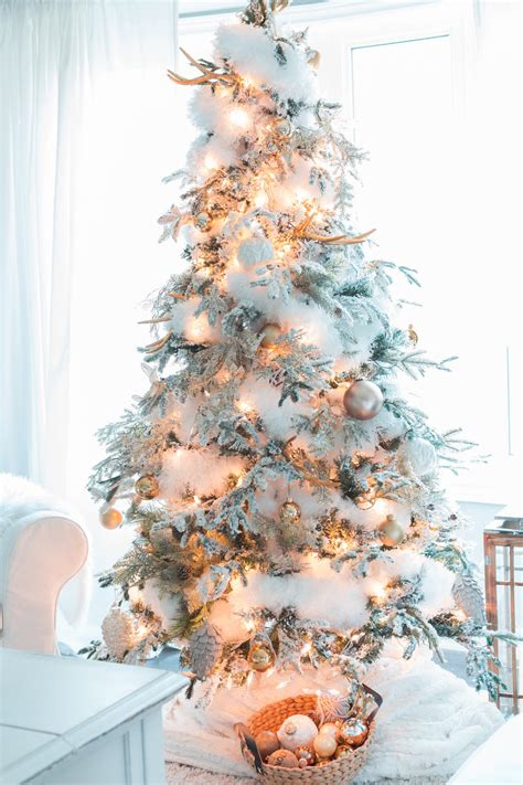 winter christmas theme christmas tree themes for any style southern living