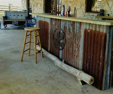country western saloon pallet backyard bar  pallets