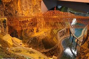 The world's largest model railway, complete with 100 ...