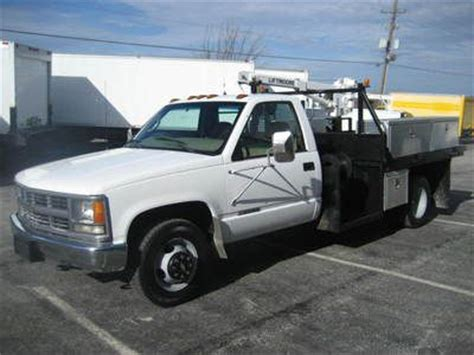 Purchase Used 1999 Chevy C3500 Flatbed Truck Liftmoore