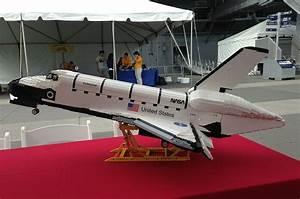 Space Shuttle Enterprise Model (page 2) - Pics about space