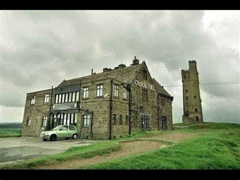 CASTLE HILL HUDDERSFIELD HISTORY and HOLMFIRTH TOWN - YouTube