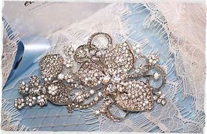 large swarovski bridal brooch crystal wedding brooch With wedding dress brooch