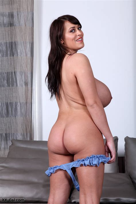 Leanne Crow Busty Uk Babe Page
