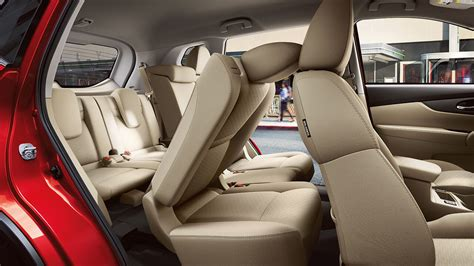 nissan rogue interior the 2017 nissan rogue is yours to drive in detroit